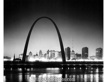 St Louis Arch Great 50s  3775