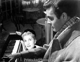 LETTER FROM UNKNOWN Joan Fontaine 3949