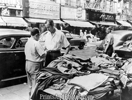 NY Garments Sidewalk Sale 40s  3985