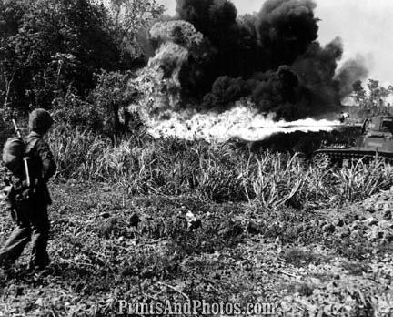 US Marines WWII Flame-throwing Tank 4074