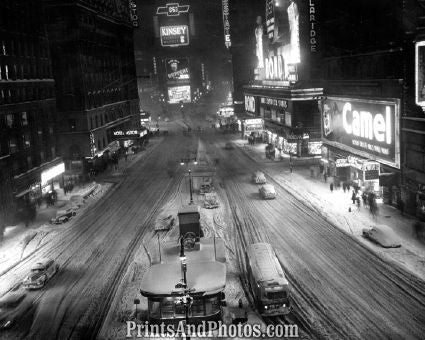 NEW YORK  Times Square Snow  4194