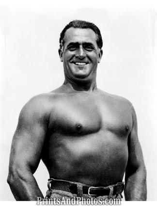 Bodybuilder CHARLES ATLAS  4788