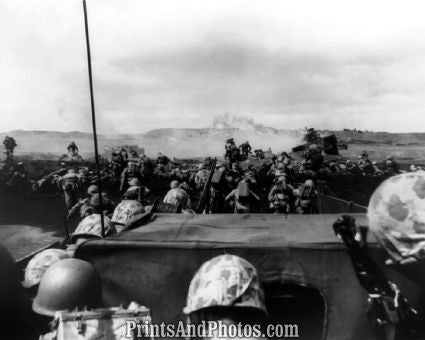 4th Div Marines D-Day WWII  5339