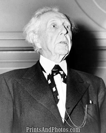 Architect Frank Lloyd Wright  5482
