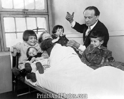 Harry Houdini & Sick Children  5532