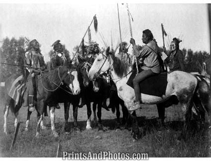 Crow Indians In Full Regalia  5669