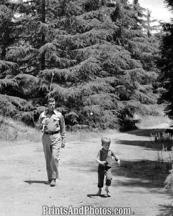 Andy Griffith w/ Ron Howard  5681