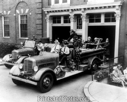 DC Fire Engines 1942  6392