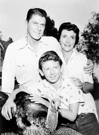Ron & Nancy Reagan 1958  6438