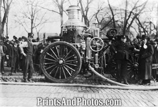 Fire Engine Early 1900  6490