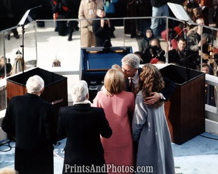 Bill Clinton and Family  6735
