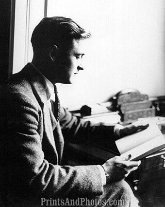 Author F Scott Fitzgerald  6801