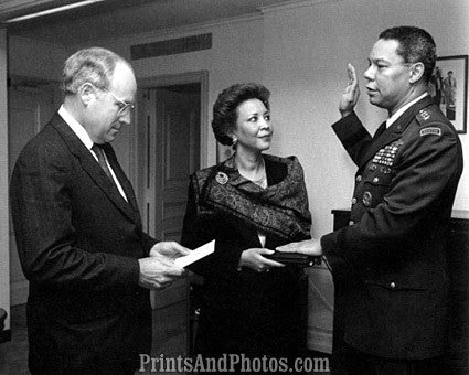Cheney Swears in Colin Powell  6942