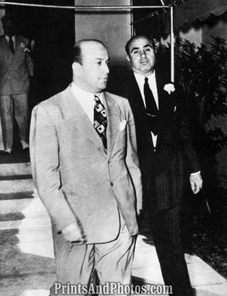 Al Capone Leaves Court  6945