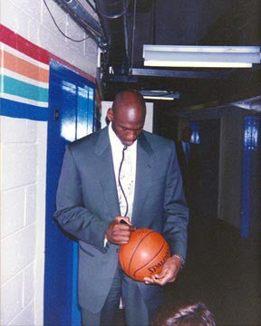 Michael Jordan Signing Basketball  7152