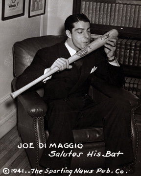 Yankees Joe DiMaggio Salute His Bat 7397