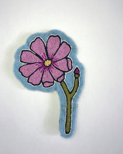 Hand Embroidered Cosmo Flower Patch (light purple)