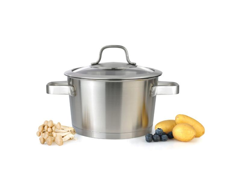 "Manhattan 7"" Stainless Steel Covered Casserole 2.5Qt"
