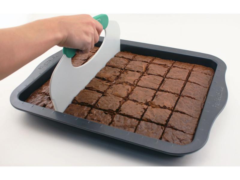 "Perfect Slice 2Pc 14"" Cookie Sheet with Slicing Tool"