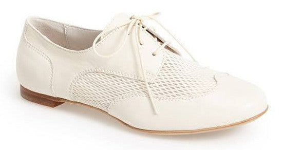 Attilio Giusti Leombruni off-white wing-tip oxford shoe