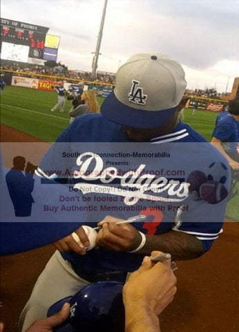 Baseballs-Autographed- Carl Crawford Signing ROLB1 Rawlings Baseball, Proof Photo- L.A. Dodgers - Boston Red Sox- Tampa Bay Rays