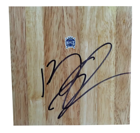 Basketball- Autographed- Kenny Thomas Signed Sacramento Kings 6x6 Floor board, Proof Photo