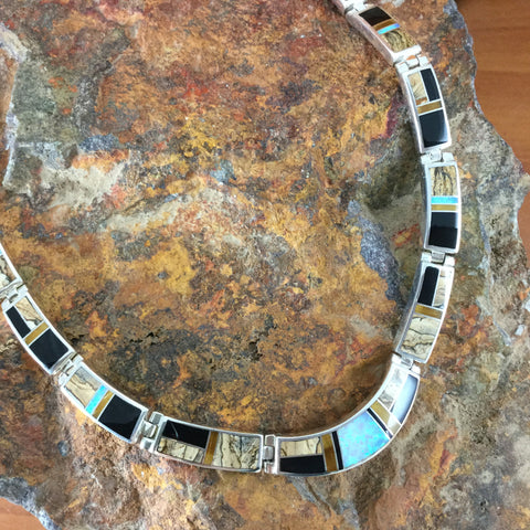 Native Lite Necklace