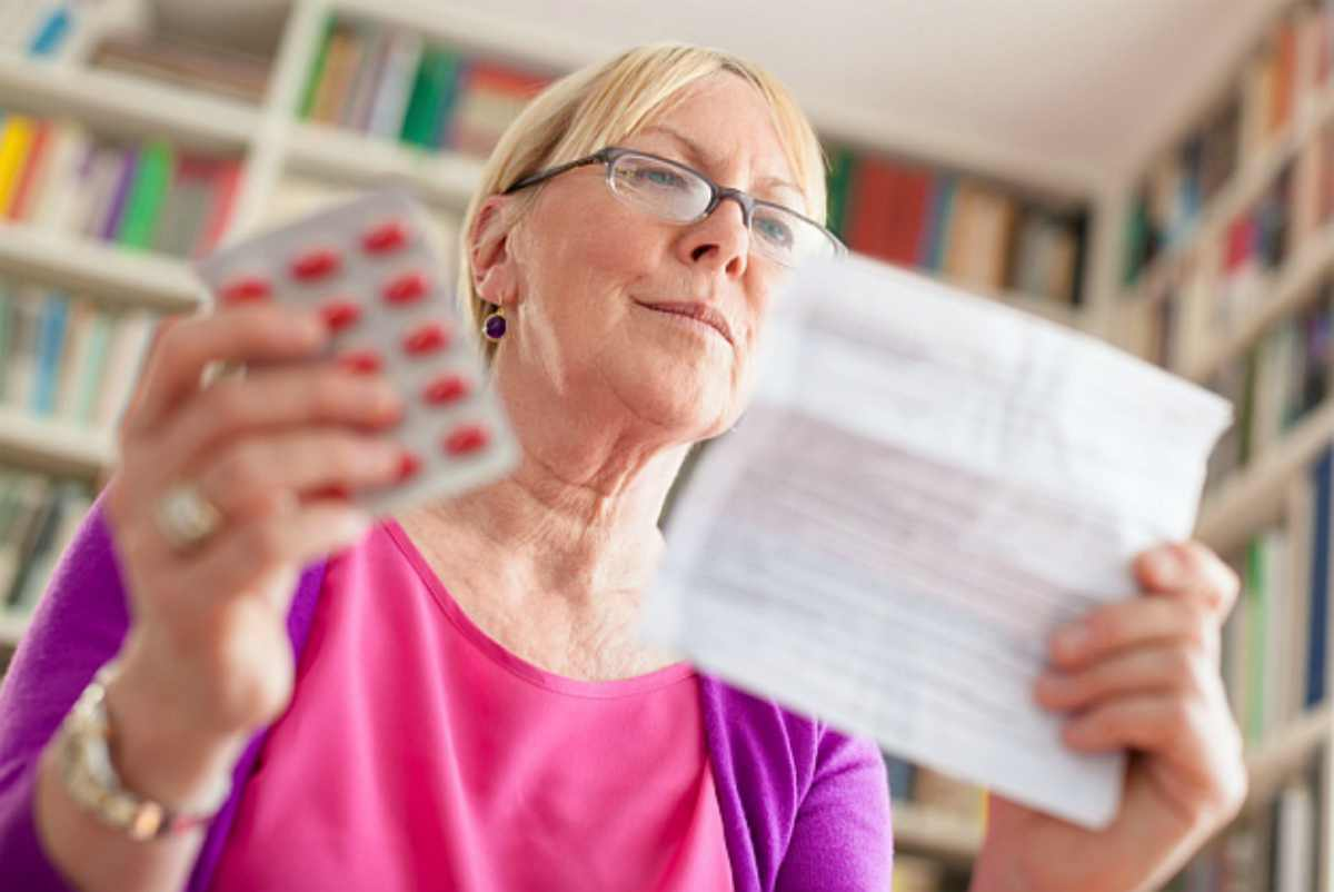 Elder woman reading medication instruction | How To Tell If You Have Hypothyroid