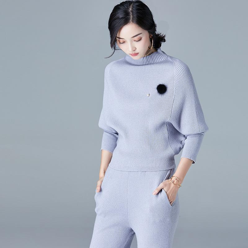 Long Sleeved Sweater Blue