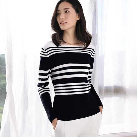 Long Sleeved Sweater Black And White