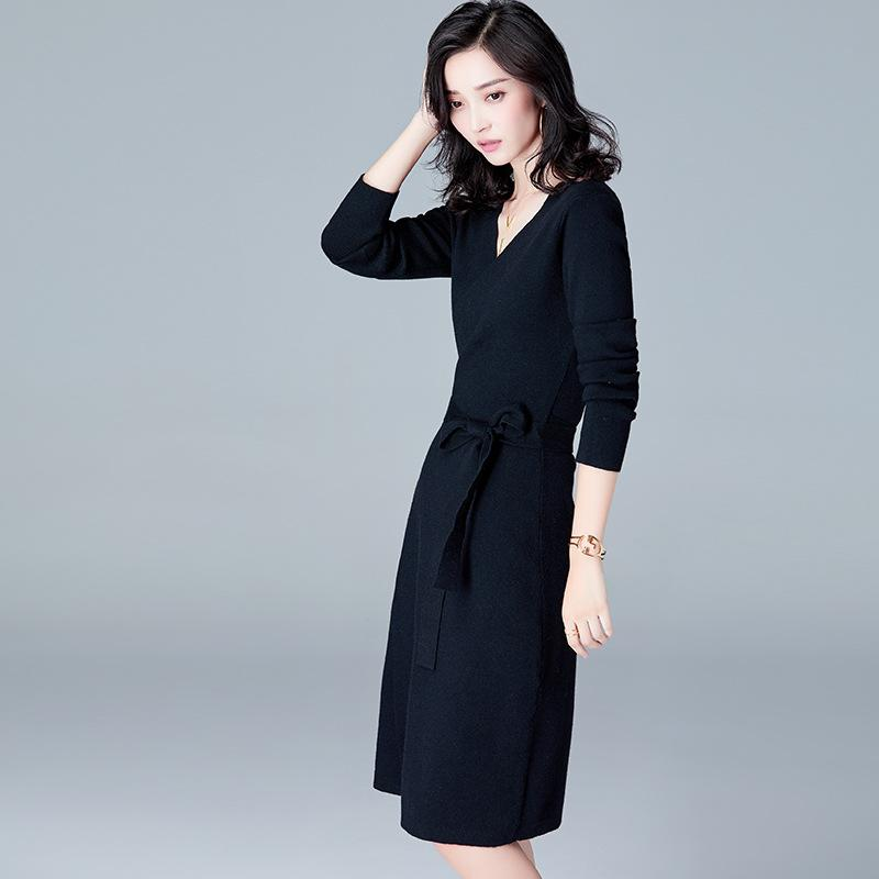 Knitted V Neck Dress Black