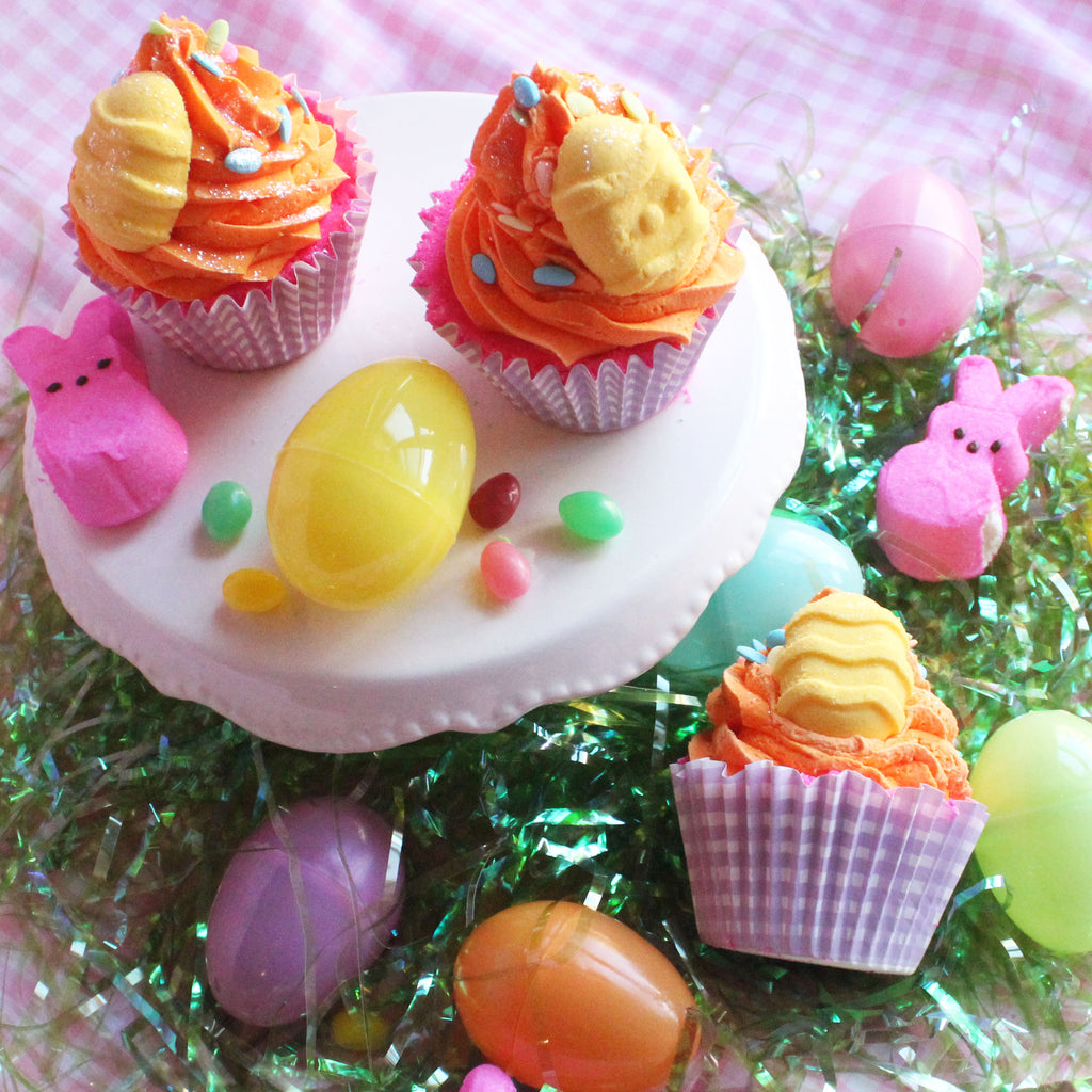 Hello Spring Cupcake Bath Bomb - New York's Bathhouse