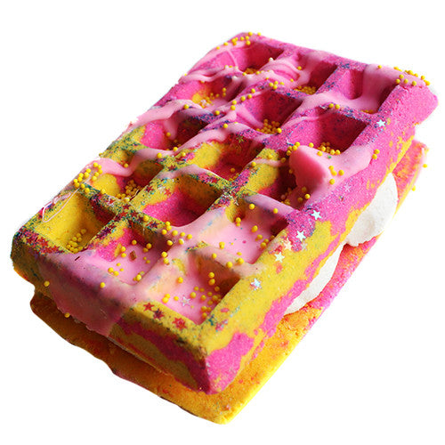 Cranberry Peach & Vanilla Waffle Sandwich Bath Bomb+ Bubble Bar - New York's Bathhouse