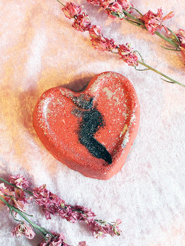 Heart Break Bath Bomb
