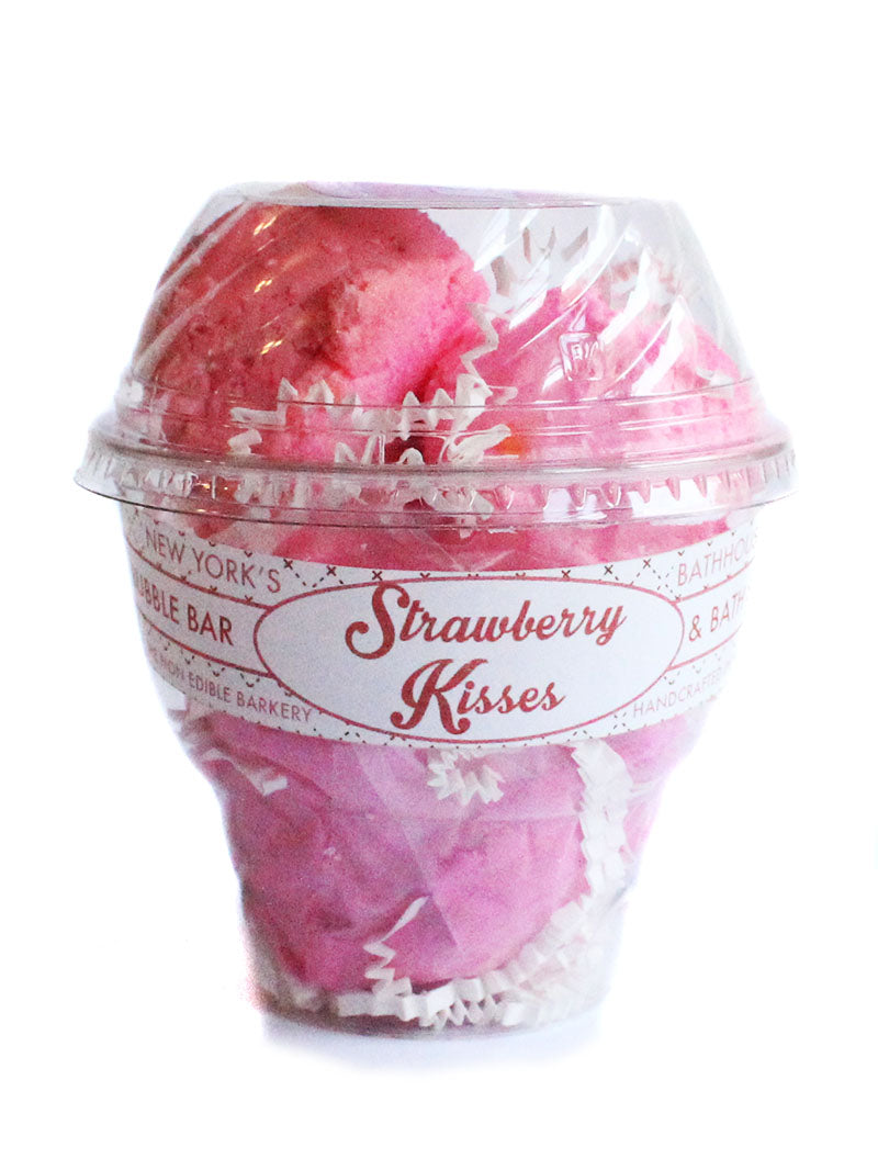 Strawberry Kisses Bath Soak Milkshake - New York's Bathhouse