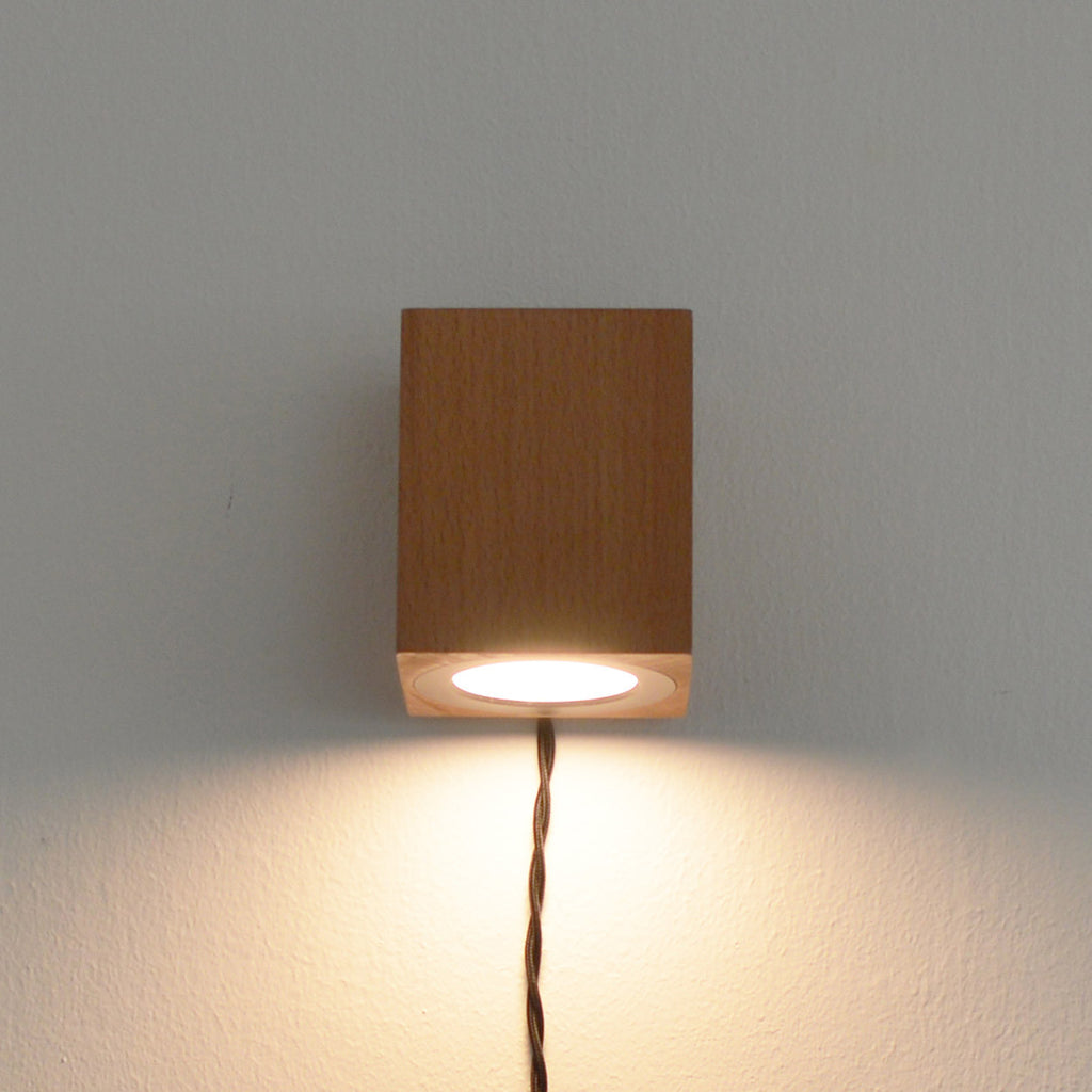 Cubo Wall Light
