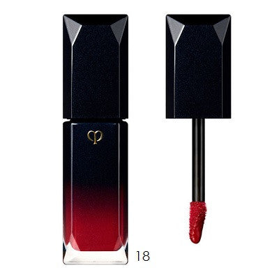 Cle de Peau  Radiant Liquid Rouge #17