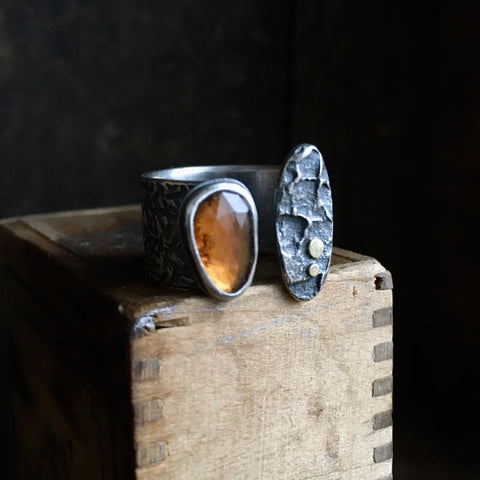 Lunar Split Ring with Hessonite Garnet