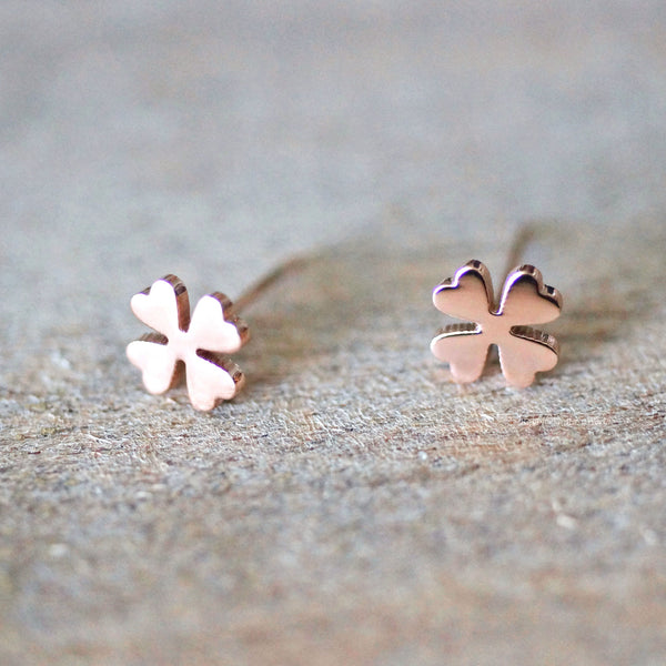 Clover stud earrings - 3 colours