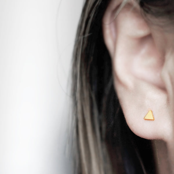 Triangle Stud Earrings - gold - 2 sizes
