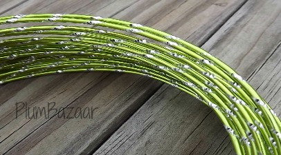 Aluminum wire, round 12 gauge 2mm, 32 ft., diamond cut, apple green and silver