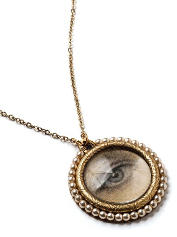 Lover's Eye Pendant Necklace