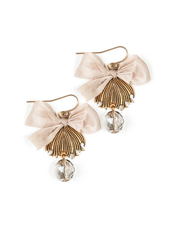 Antique Cream Earrings #F23E