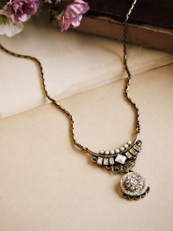 The Muse Necklace