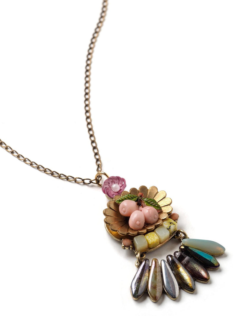 Vintage Splendor Pendant Necklace