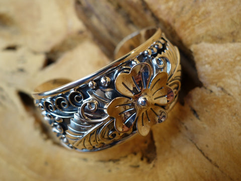 No Mas! 925 Sterling Silver Bracelet with Flower Leaves Rustic