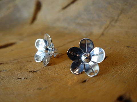 No Mas! 925 Sterling Silver Earrings Floral