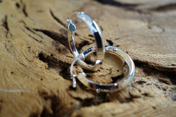 Handcrafted solid sterling .925 silver hoop earrings from Taxco, Mexico