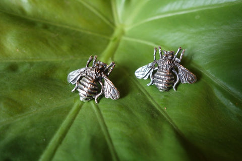 Handcrafted solid sterling .925 silver bee earrings from Taxco, Mexico
