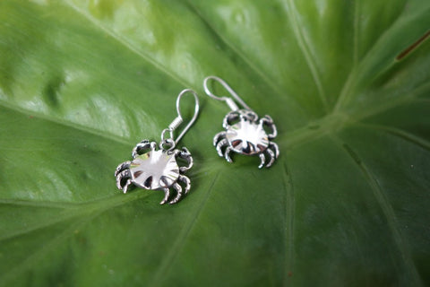 Handcrafted solid sterling .925 silver crab earrings from Taxco, Mexico